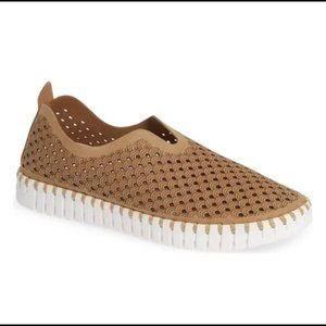 Isle Jacobsen Hornbaek Tulip Slip On Sneakers